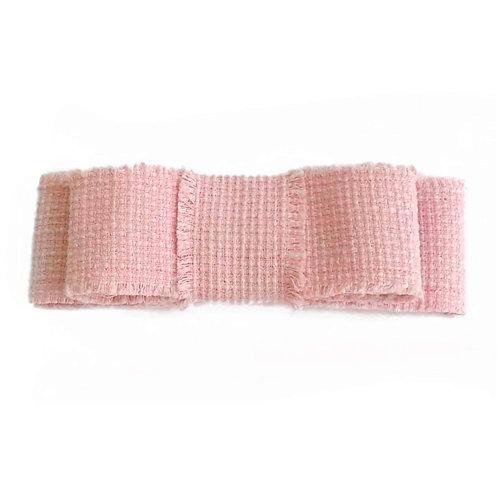 Laço de cabelo Bárbara modelo Chanel em tweed rosé