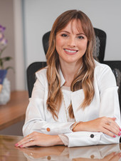 Dra. Maria Eduarda Cardoso S. Meyer - Oncologista Clínica