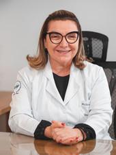 Dra. Cristiane Fabiani - Oncologista Clínica