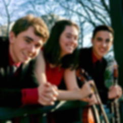 Genesis Trio: Jonathan López, Nina Weber, Markus Masaites