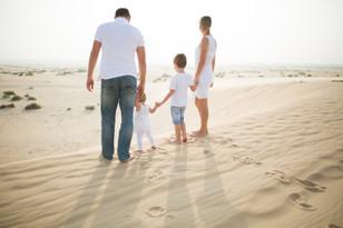 Desert photoshoot for lovely family.