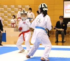 鈴木選手(左)