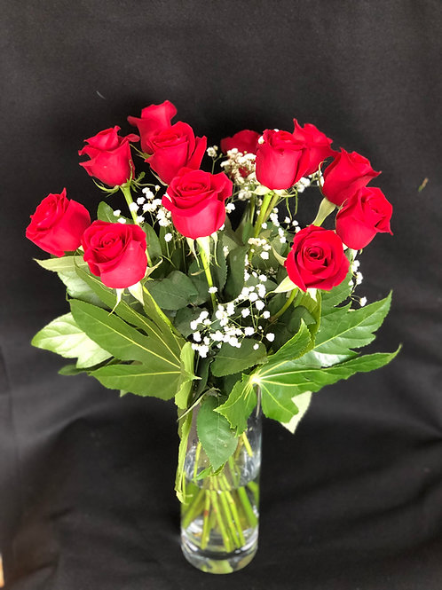 Flawless Long Stem Dozen Red Roses in a Vase