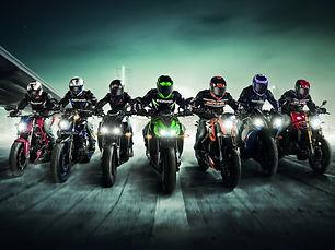 Sports-motorcycle-race_1920x1440.jpg