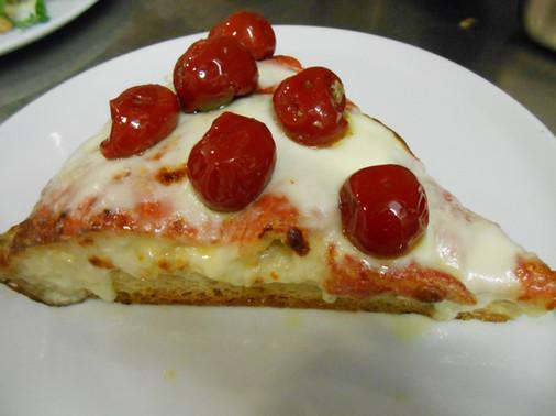 Pizza con Peperoni Ripieni