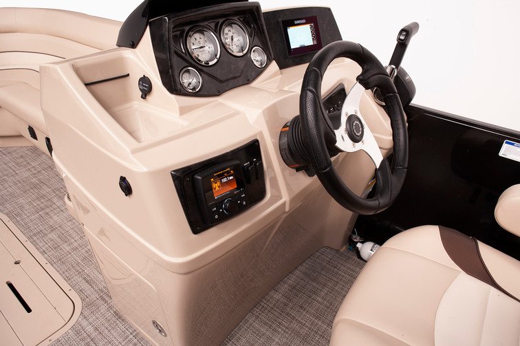 Select 324 RC Console with Optional Electronics.jpg