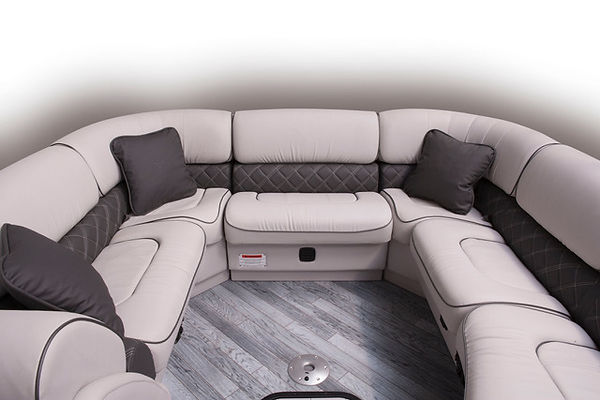 diamond_elite_326_ss_optional_bow_couch_