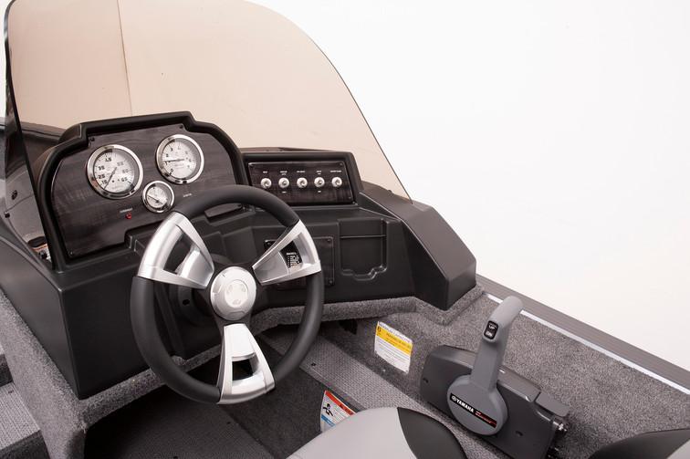 Angler V16 C Console 1.jpg