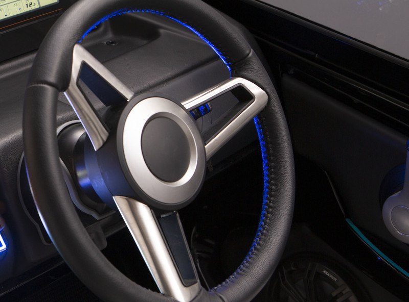 steering_wheel_with_lights_lbs_1277.jpg