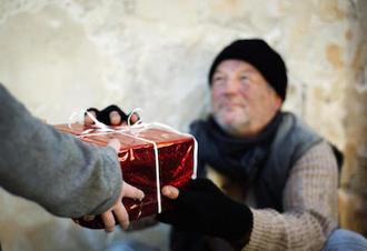 London: Sant'Egidio calls for online Secret Santas and volunteers