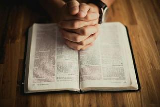 """한국 개신교인 64%, 성경읽기에 어려움 토로 -  """"교회는 성도가 하나님의 말씀을 듣고 삶의 답을 찾도록 도와야"""""""