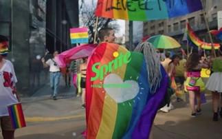 음료 광고 'Pride Sprite' 의 실상은 과연 ? -   광고 통해 민낯 드러낸 Sprite 의 동성애 지지