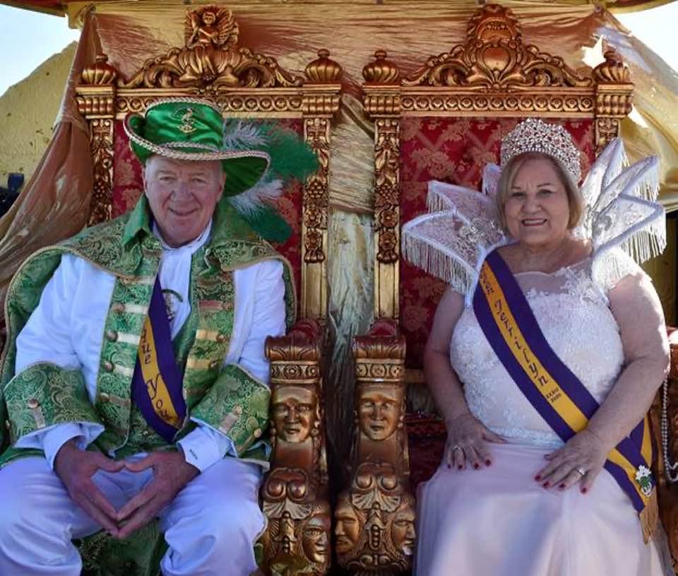 king queen sitting.jpg