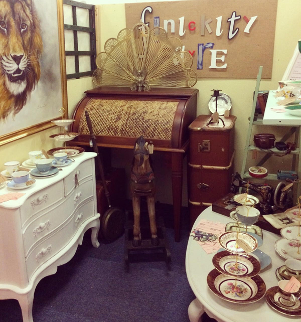 Vintage & Antique Store