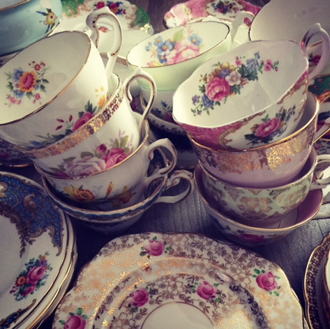Vintage Tea Cups for Hire