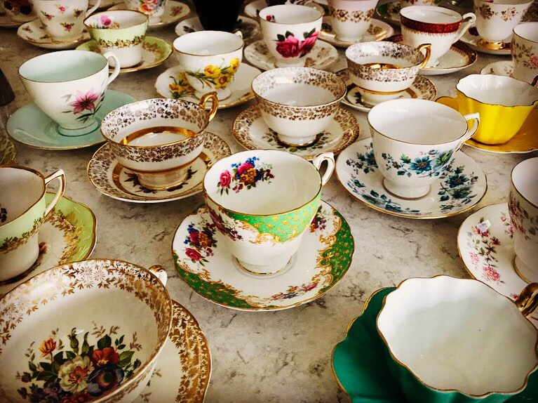 Vintage China Tea Cups and Saucers for Hire