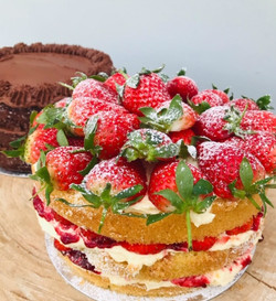 Victoria Sponge by Mary's Kitchen