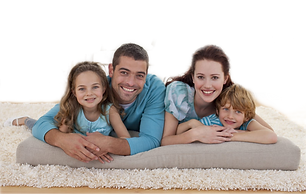 COMFORT-family-on-rug-children-iaq-air-q