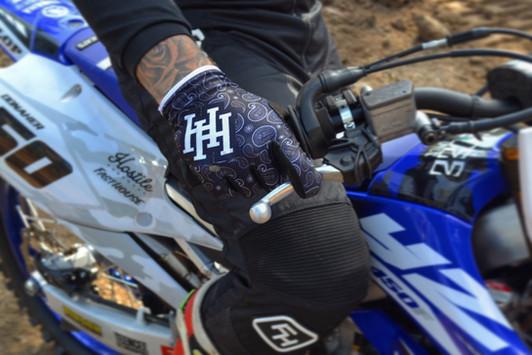 Strapless Bandana Gloves