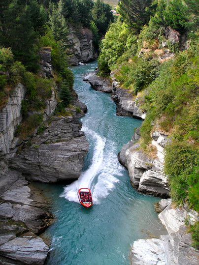 Shotover_Jet,_Jet_Boating_the_Shotover_R
