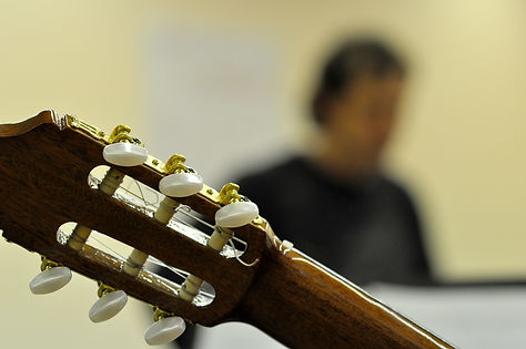 VilaClosa5-Guitarra [MCB].jpg