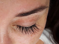 Eyelash extensions by Renée Lakeman 1
