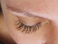 Eyelash extensions by Renée Lakeman 2