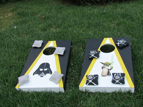 Star Wars boards with 8 x throwing bags