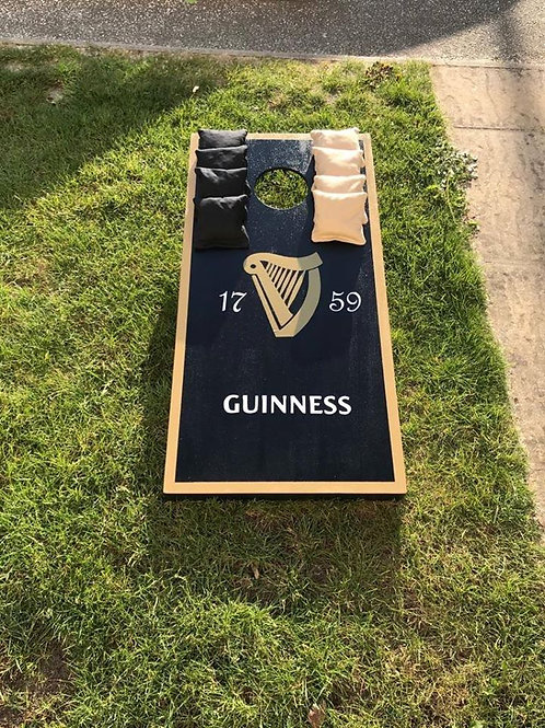 Guinness Boards and 8 x throwing bags