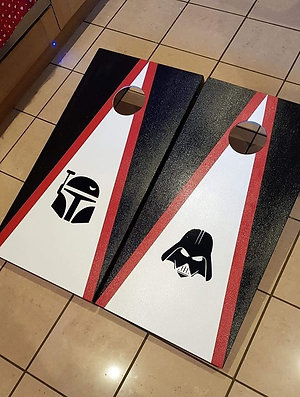 Star wars cornhole boards and 8 x throwing bags