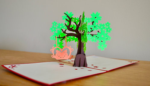 Tree and little bears pop up card
