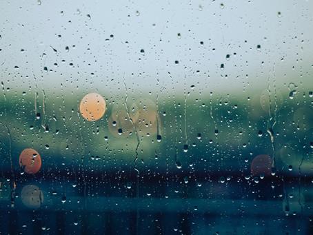 Come la pioggia lungo i vetri