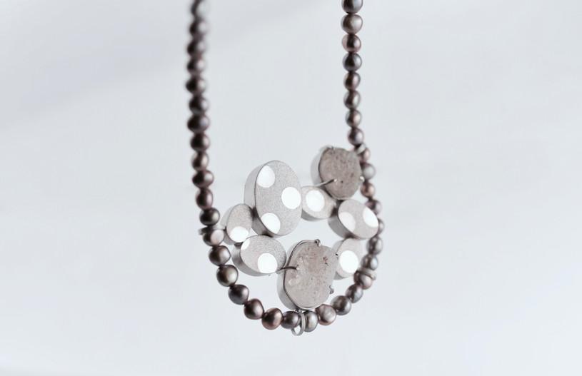 ohagi necklace