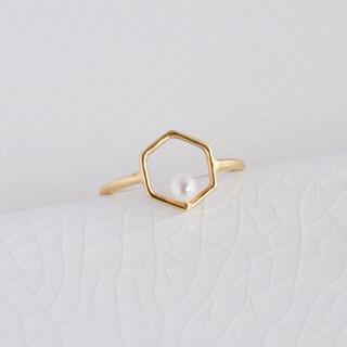 hexagonal akoyapearl ring