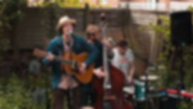 Garden Sessions 4 (logo 4)_Moment.jpg