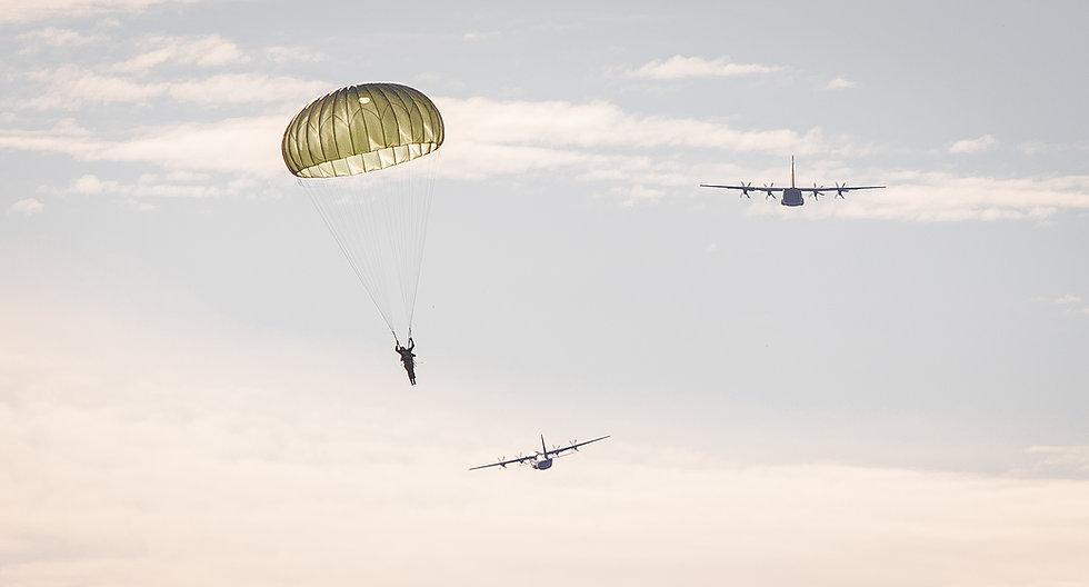 Canadian Paratrooper - QOR
