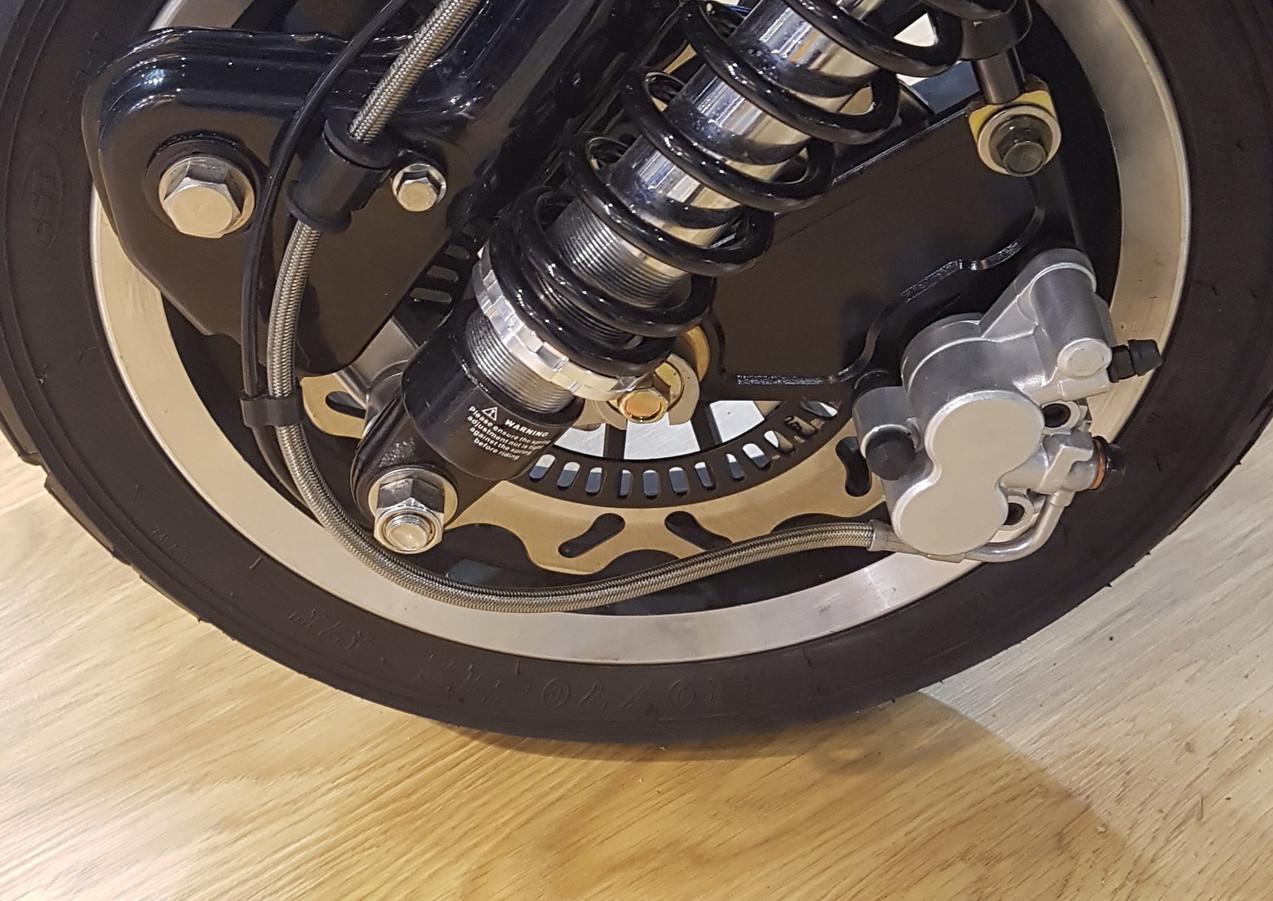 Royal Alloy GP300 front wheel