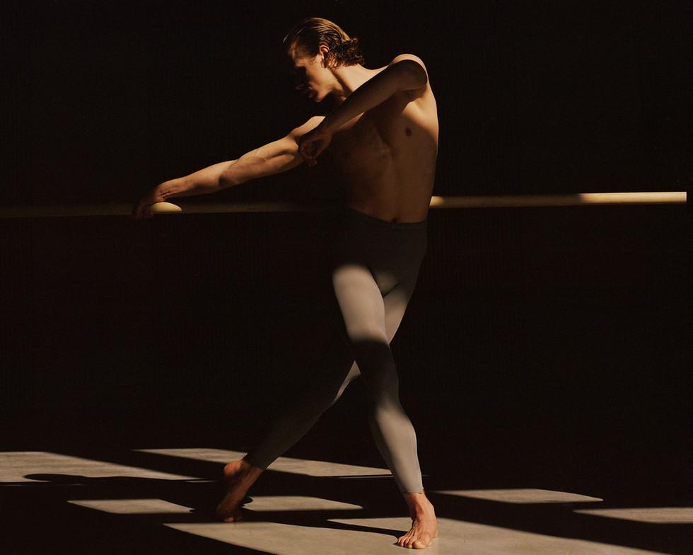 AD LIBITUM STUDY OF A DANCER 1
