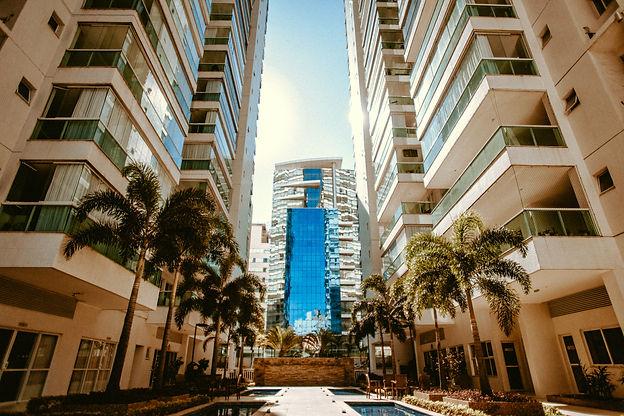 photo-of-high-rise-buildings-3167175.jpg