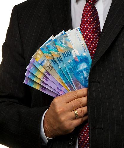 soldi rimangono in tasca_edited.jpg