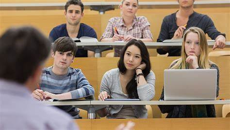 2021年,你还打算出国留学吗?