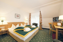 Oberbaerenburg-Doppelzimmer_Hotel_zum_Baeren
