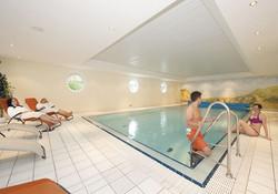 Schwimmbad_Hotel_zum_Baeren-Oberbarenburg