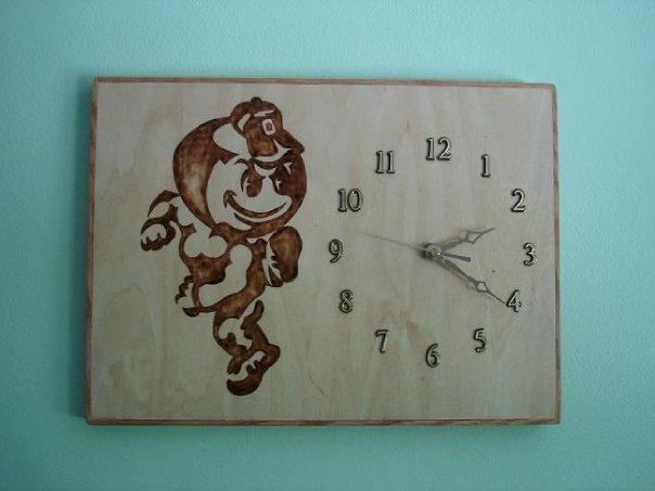 Brutus Buckeye Clock
