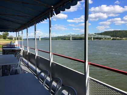 riverboats-700x525.jpg