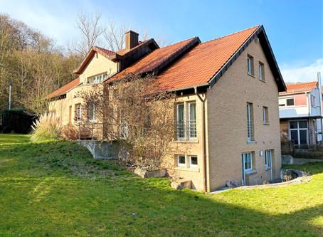 -VERKAUFT- Benthe Bestlage – Hochwertiges Architektenhaus - 1.Reihe am Wald- mit ELW