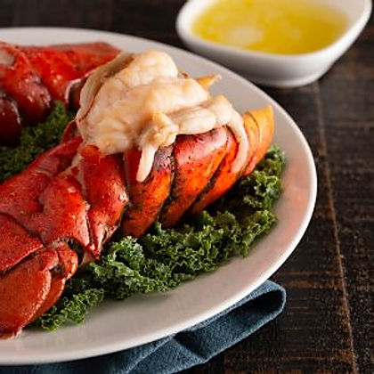 big-lobster-tail-with-butter-and-lemon-3