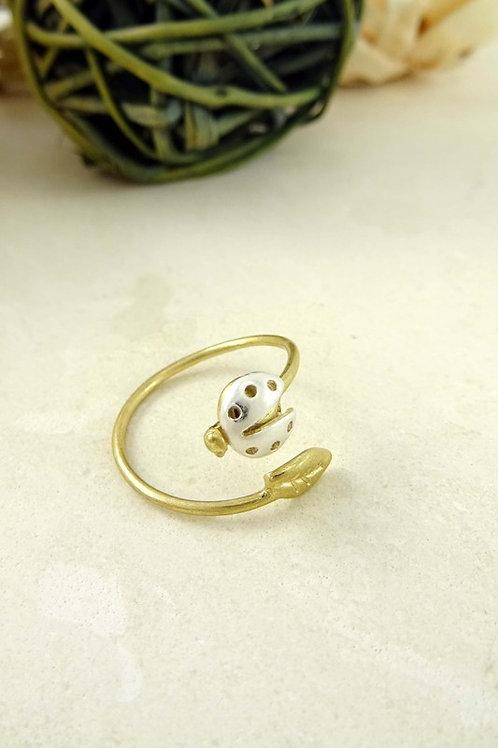 Dual Tone Ladybug Leaf Open Ring