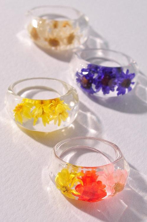 Multi-colour 3D Flower Lucite Ring