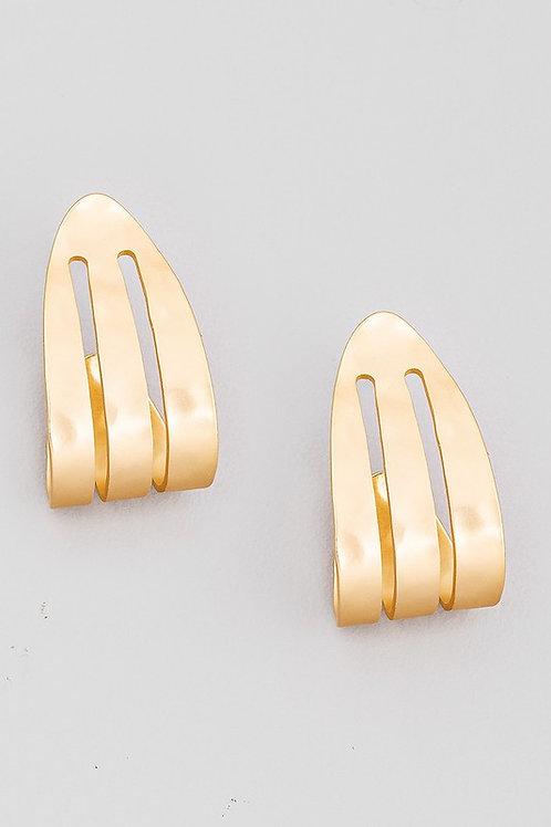 Curved Detail Stud Earrings